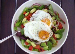Dieta low carb: As vantagens e os cuidados!