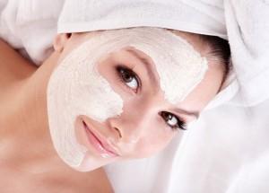 Tratamentos de pele caseiros: como se cuidar sem gastar muito?