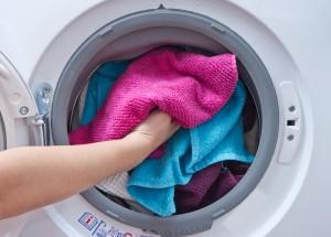 Lavagem de roupas: 5 dicas que você provavelmente não sabe
