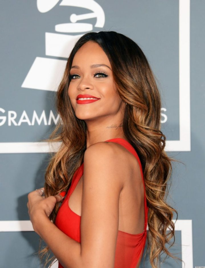 Rihanna mechas californianas