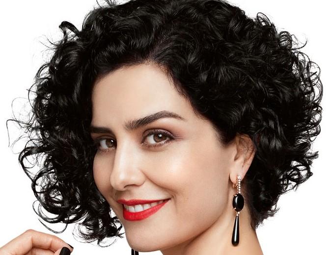Cortes curtos para cabelos cacheados: dica de look!
