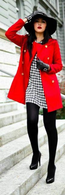 vestido de inverno com sobretudo vermelho para festa