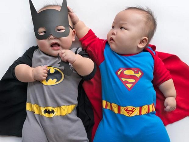 bebes com fantasia de carnaval para bebes batman e superman