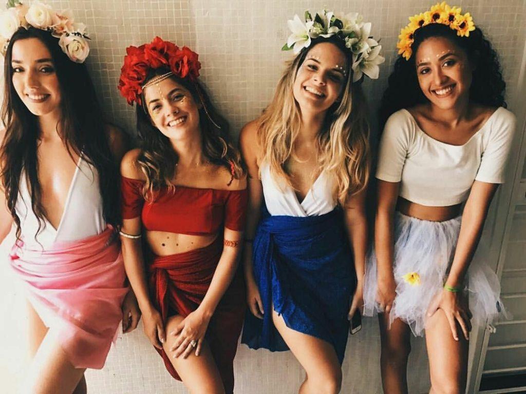 fantasia feminina de carnaval para usar com suas amigas