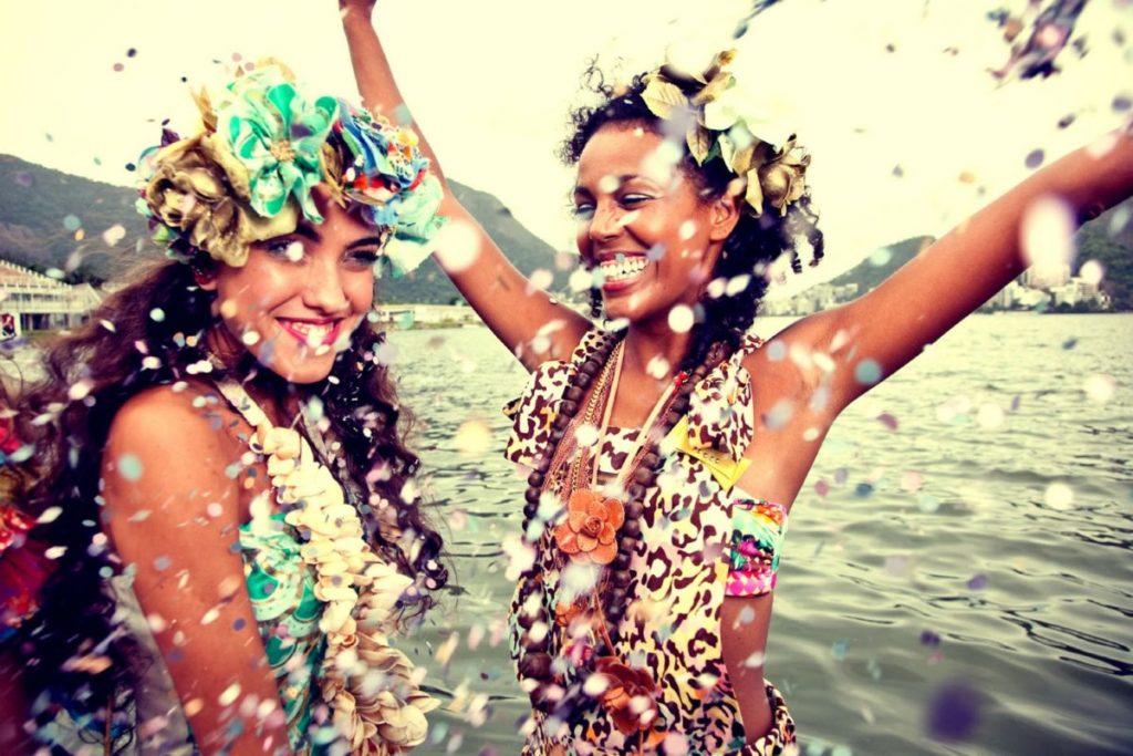 fantasia de carnaval para usar com sua amiga