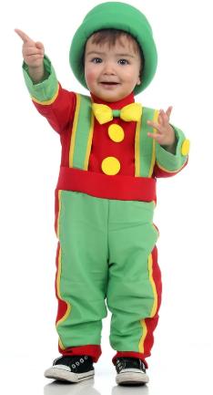 criança usando fantasia de carnaval para bebe de 1 ano patati e patata
