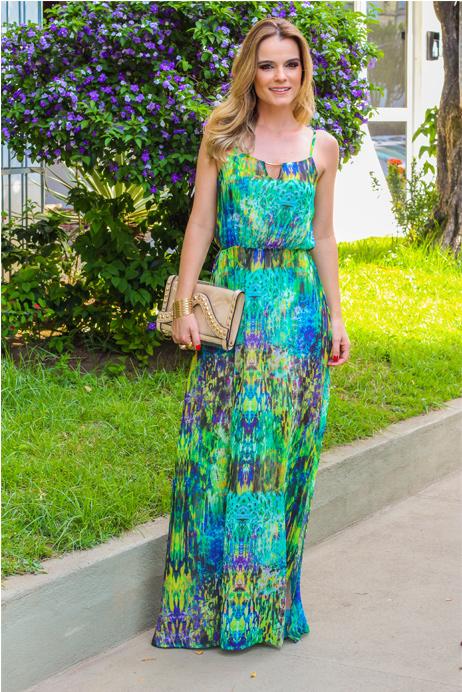 1e863c1e00 modelo de vestido longo estampado para festa