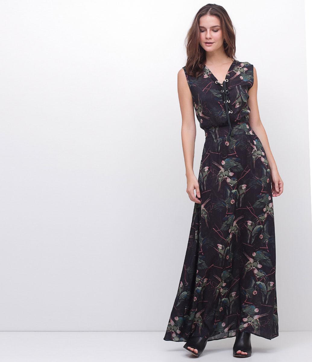 modelo de vestido longo estampado para festa