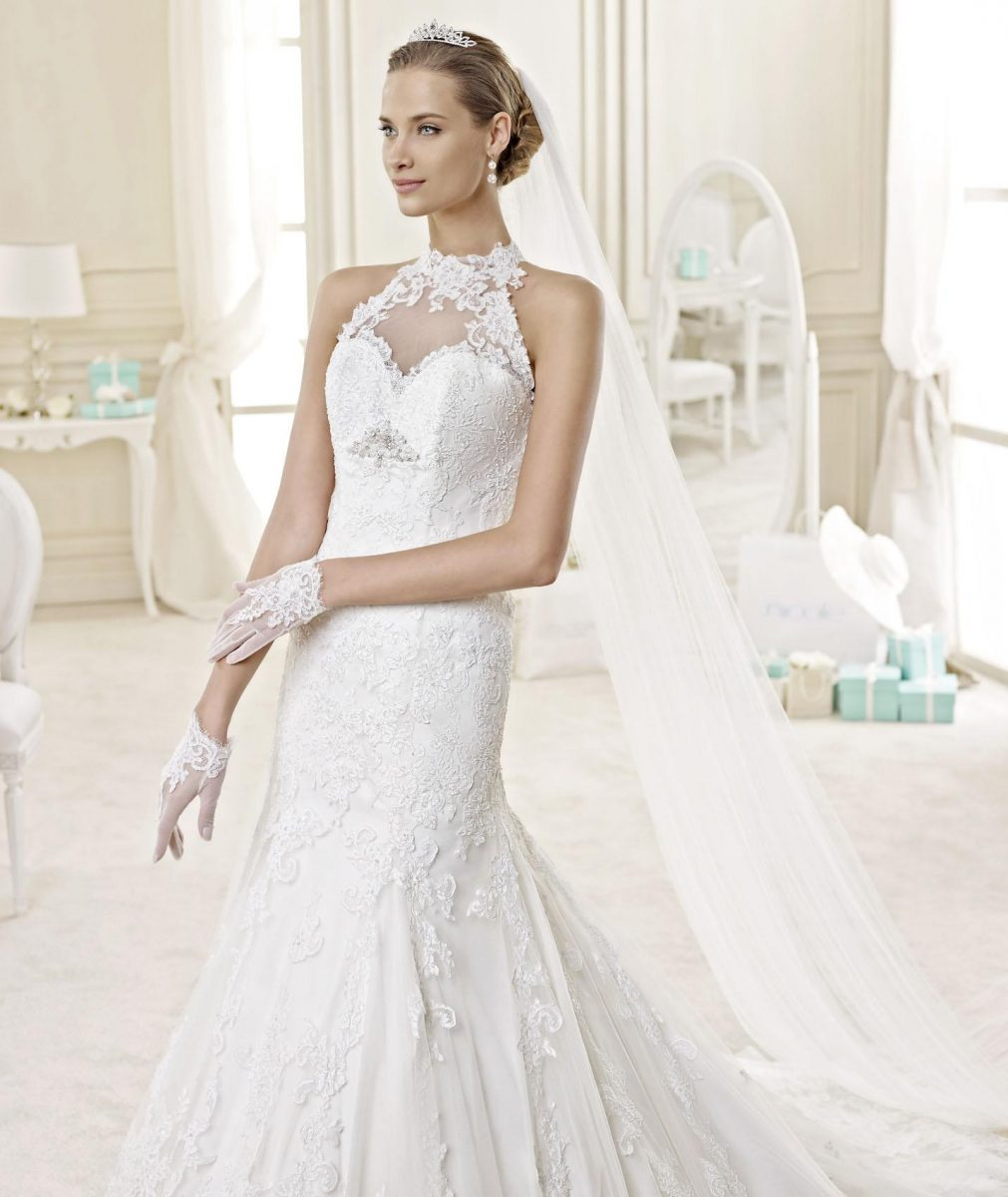 modelo de vestido de noiva sereia com gola