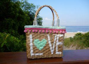 O que levar na bolsa de praia? Veja os itens essenciais!