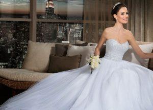 Vestido de noiva tomara que caia: Dicas e fotos para você se inspirar!