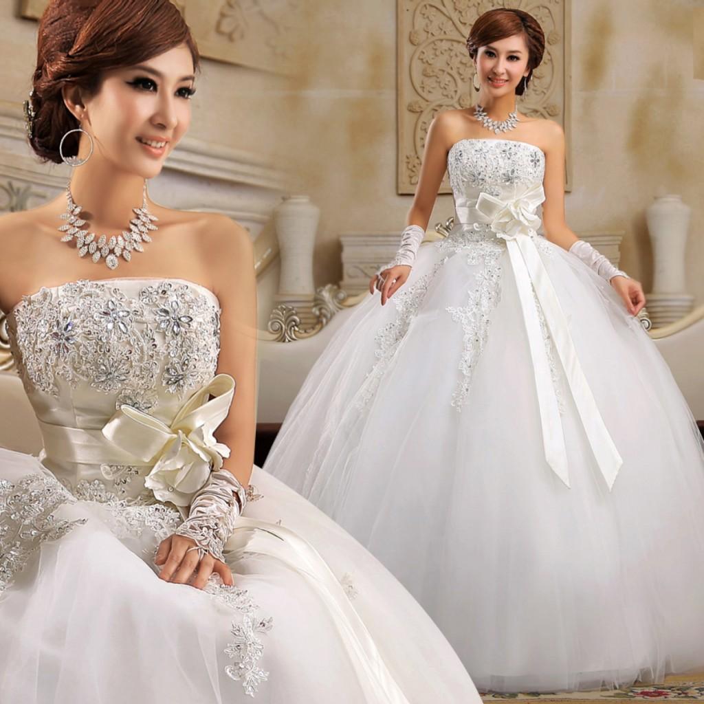 vestido de noiva tomara que caia com brilhos