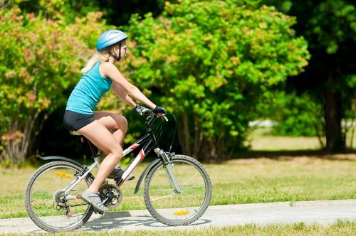 exercícios para queimar calorias andar de bicicleta