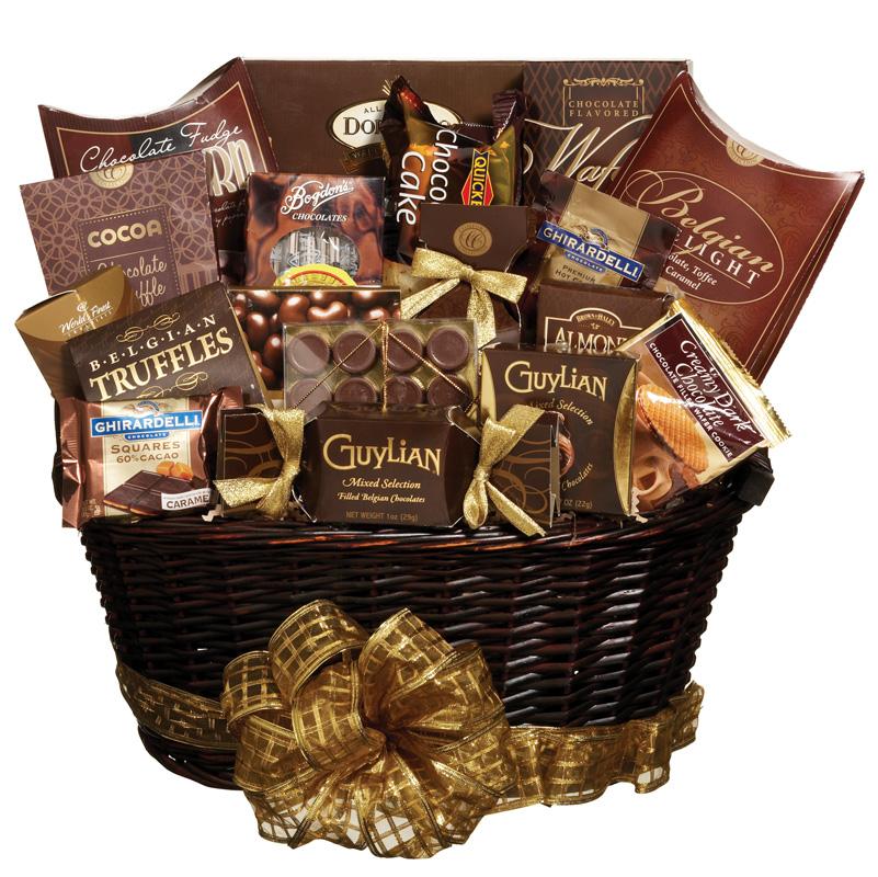 Presente de amigo secreto para mulher cesta chocolate