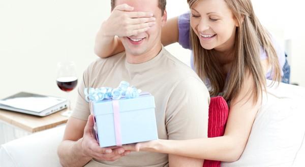 Presente de amigo secreto para homem: Veja nossas dicas para não errar!