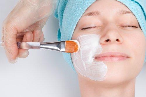 Como clarear a pele do rosto