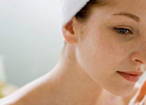 Como clarear a pele do rosto: Conheça os melhores produtos e receitas caseiras!