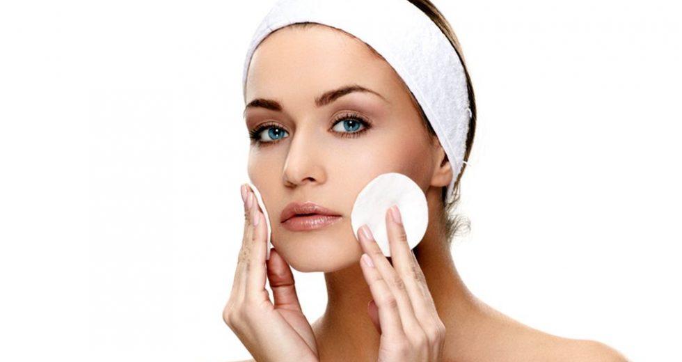Limpeza de pele em casa: Veja como fazer de um jeito fácil e seguro!
