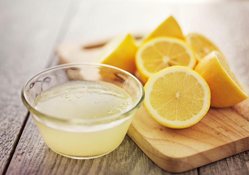 tirar Manchas na perna com limão