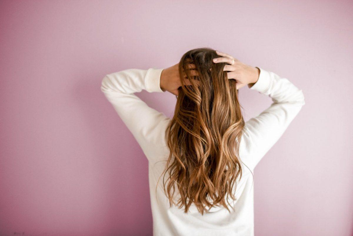 cabelos crescendo bonitos e saudáveis