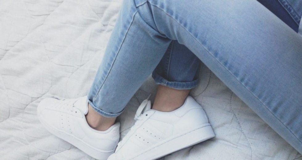 Como Limpar Tenis Branco Veja Dicas Simples E Baratas Passo A Passo