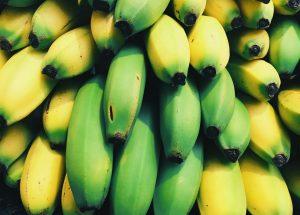 Biomassa de banana verde: Como consumir? Quais os benefícios? Biomassa em cápsulas!