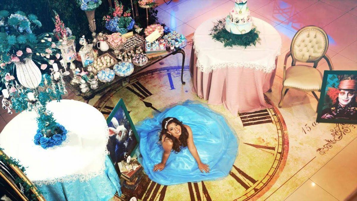 festa de 15 anos alice no pais das maravilhas