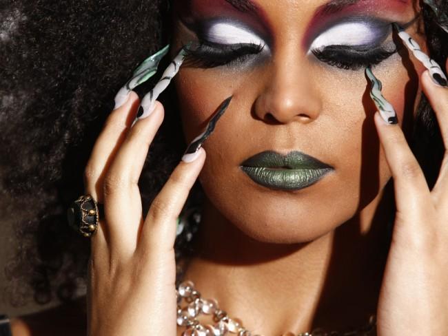 maquiagem de bruxa para pele negra