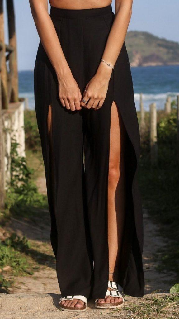 calça preta fenda