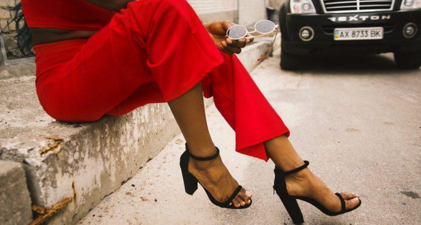 Calça pantacourt: Como usar? Qual sapato usar com esse modelo de calça? Baixinha pode?