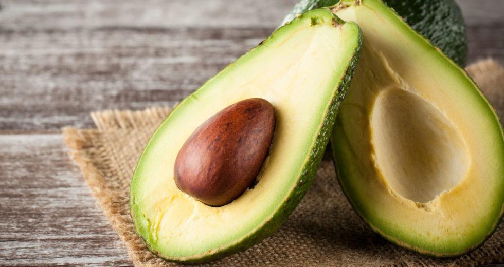 Abacate: Quais são seus benefícios? Quantas calorias possui? Emagrece ou engorda? Tire suas dúvidas!