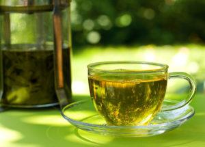 Chá de sene: Ele é bom para que? Como tomar? Faz emagrecer mesmo?