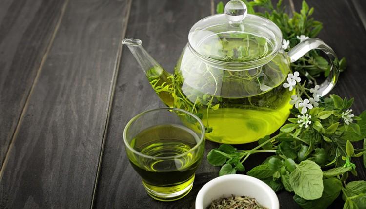 Chá verde: Para que serve? Emagrece? Tire todas as suas dúvidas!
