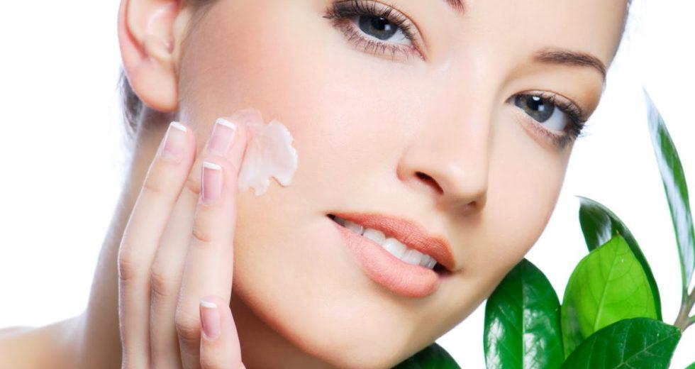 Tretinoína: Para estrias, acne, manchas, psoríase e mais benefícios!
