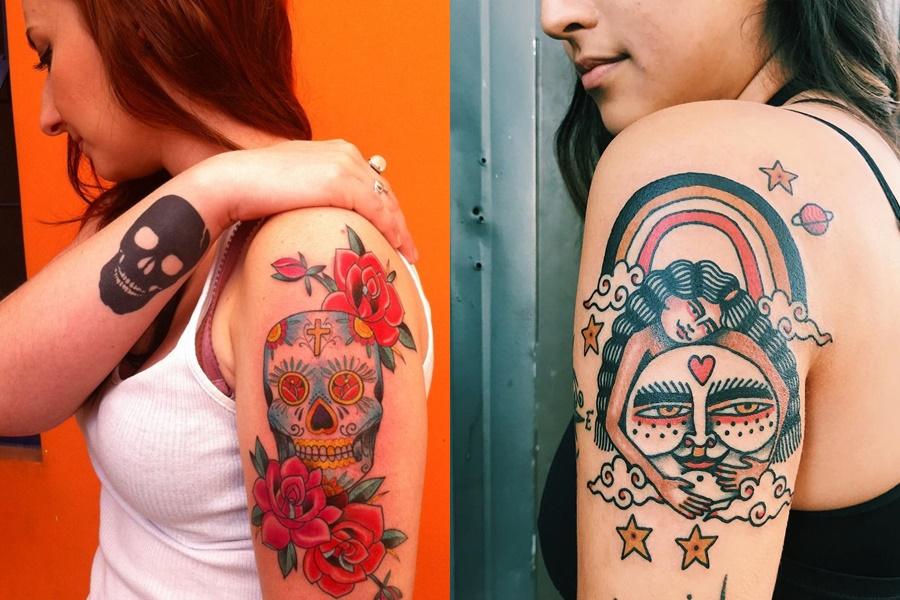 tatuagens coloridas no braço de caveira e indio
