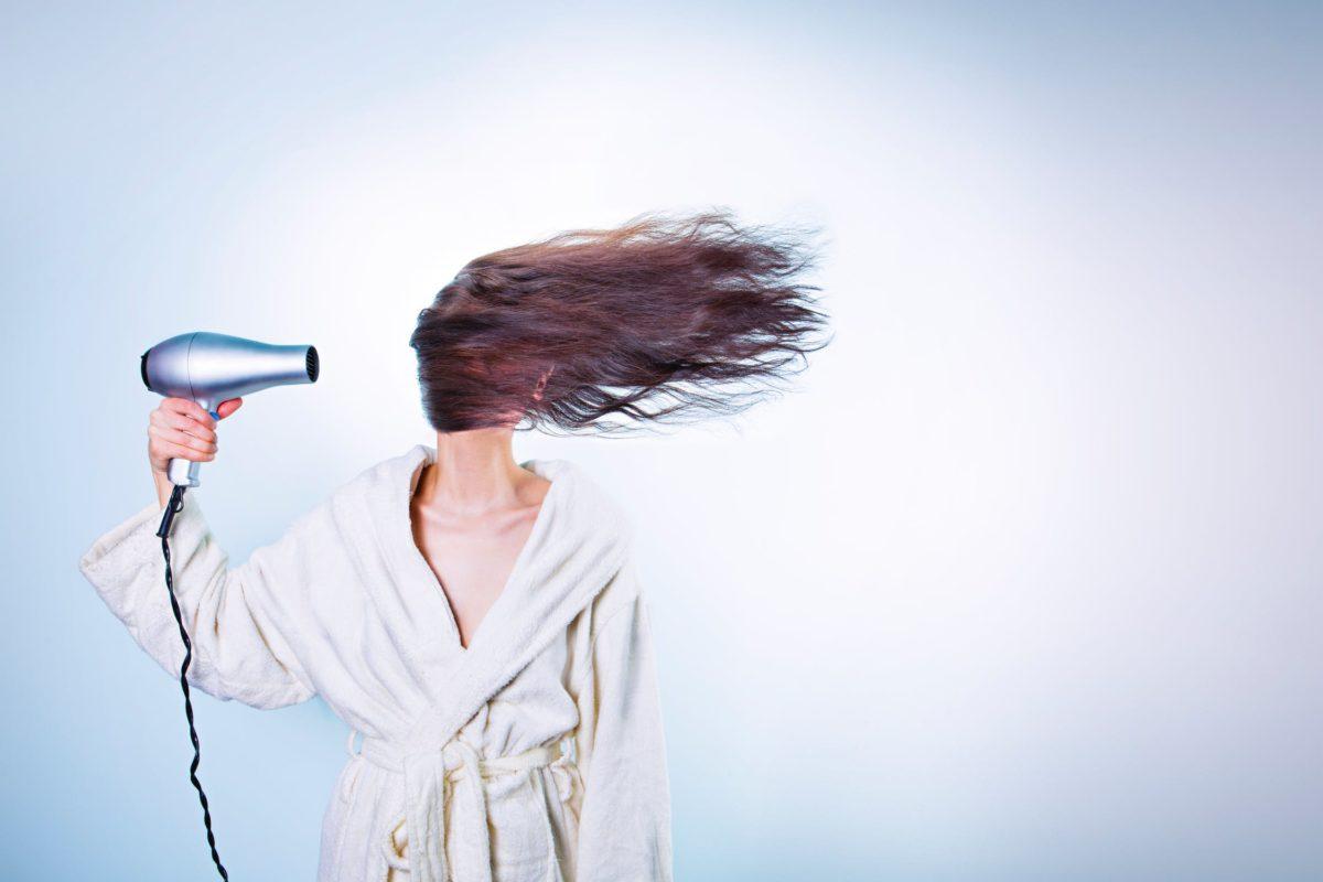 Tem Na Web - Alisamento caseiro: Alise seu cabelo com o que você tem em casa!