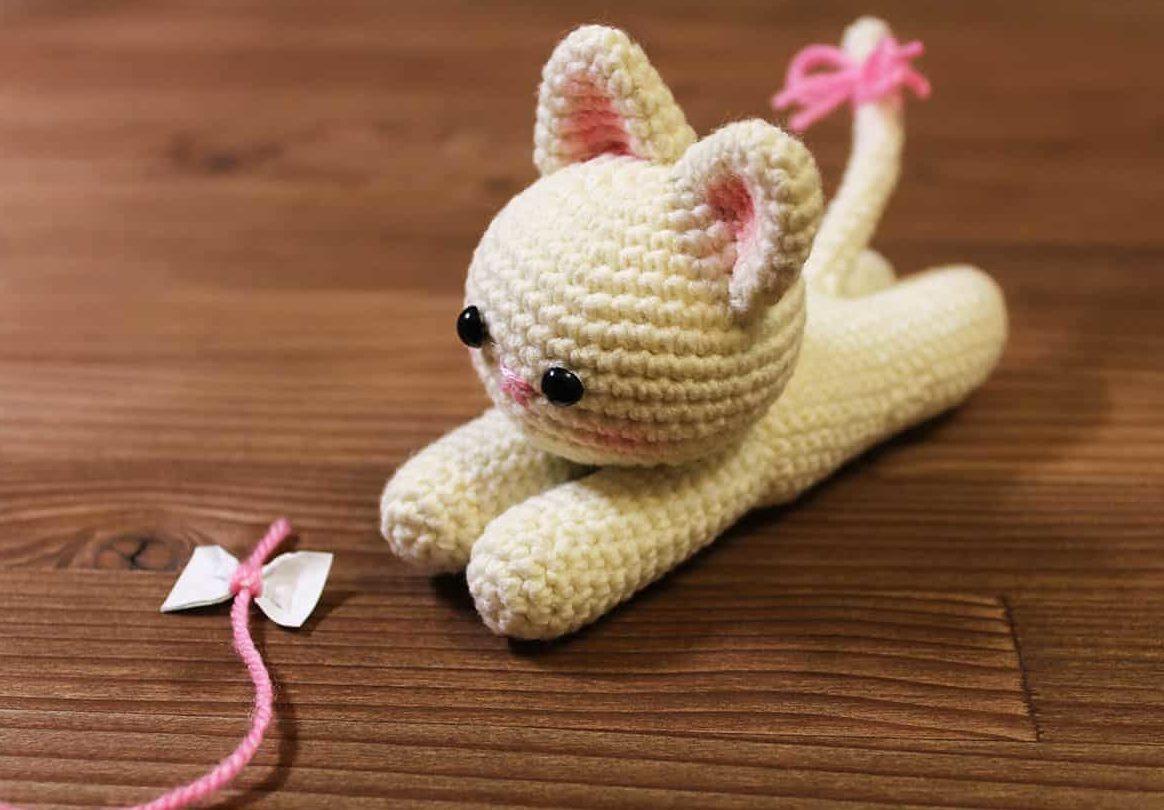 gatinho de amigurumi
