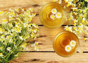 Chá de camomila tem muitos benefícios? Posso usar no cabelo? Como preparar? Tire suas dúvidas!