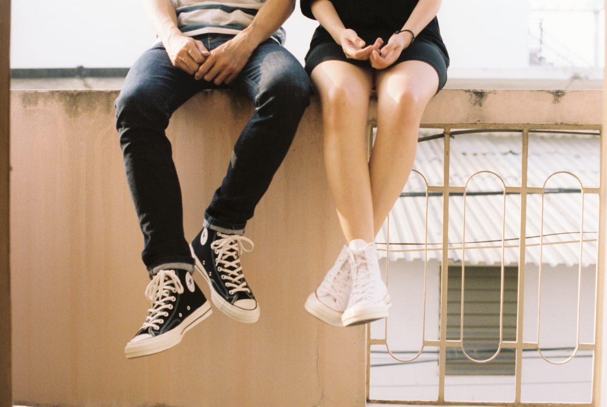 fotos de duas pessoas apaixonadas