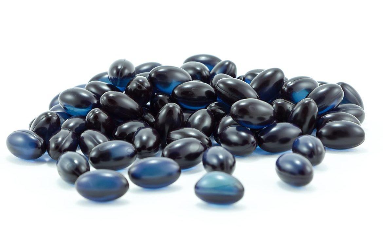 cápsulas de óleo de groselha negra