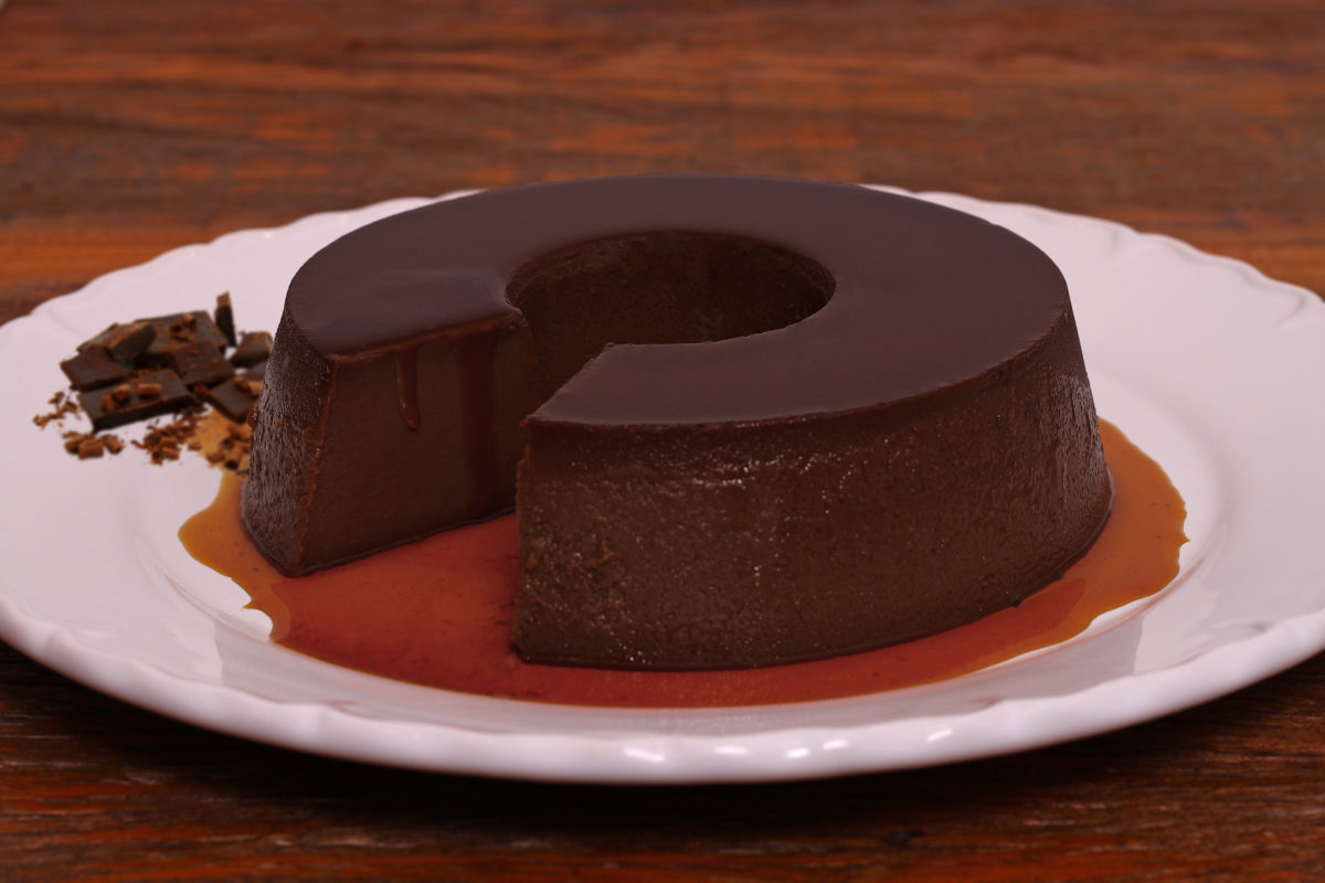 Fotos de um pudim de chocolate